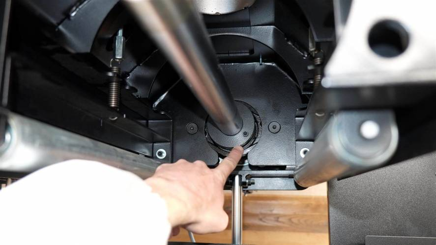 Rustica Three: macchina da spazzolatura e carteggiatrice per parquet - dettaglio